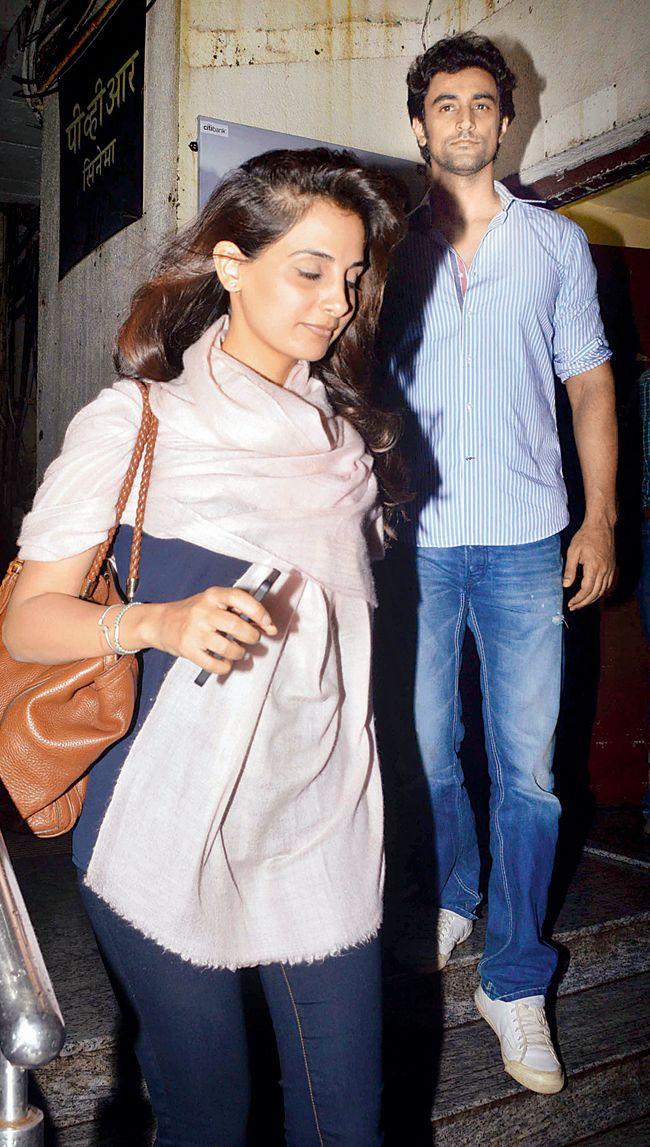 Kunal Kapoor and Naina Bachchan #Style #Bollywood #Fashion #Beauty #Handsome