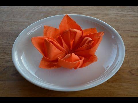 Servietten falten Herz - Einfache Tischdeko für Hochzeit , Muttertag & Geburtstag selber machen - YouTube