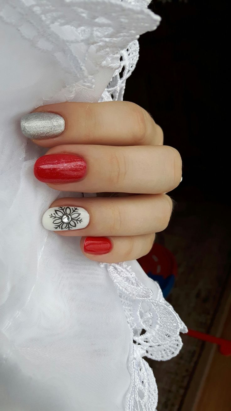 Semilac glitter red, silver dust, strong white