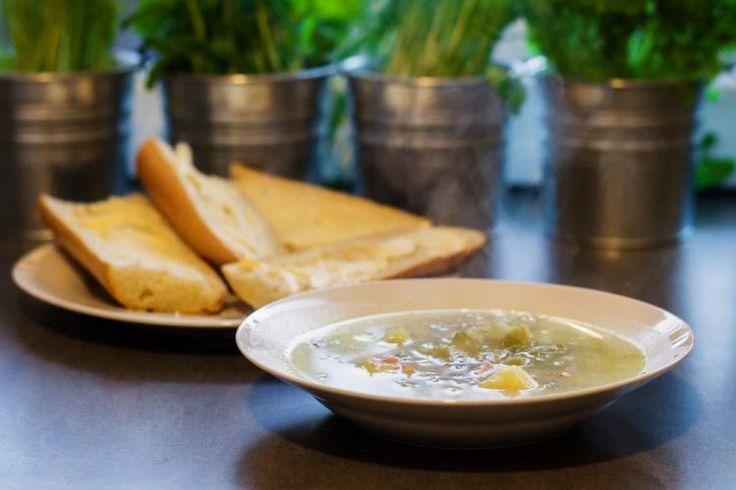 Zupa ogórkowa według przepisu babci!