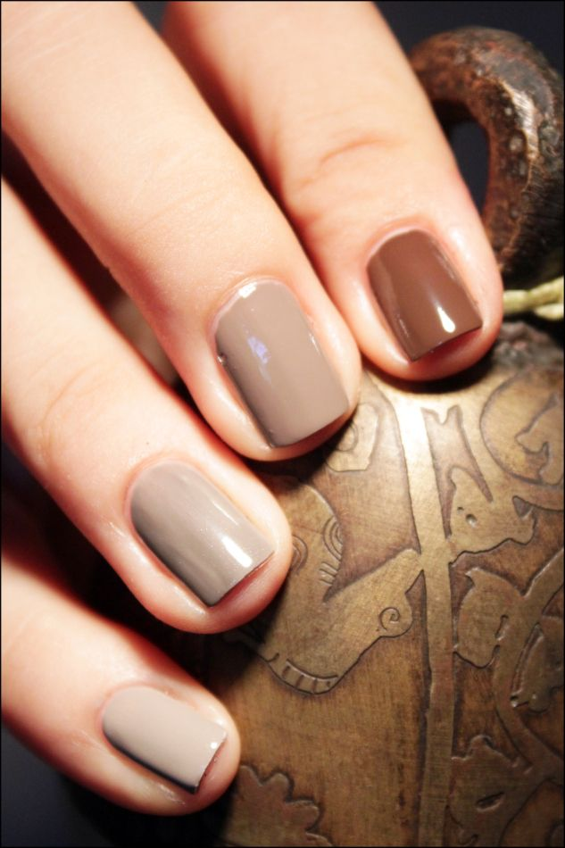 Beautiful beige nails inspired our AW13 #Truffle #designerlingerie http://www.fleurofengland.com/collections/truffle