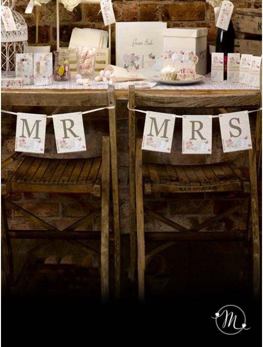 Banner Mr & Mrs Dolce Amore.  In cartoncino rigido.  Ideale da fissare alle sedie o alla parete. In #promozione #matrimonio #weddingday #wedding #ricevimento #insegne #decorazioni #luci #banner #illuminatedsigns #decorations #lights