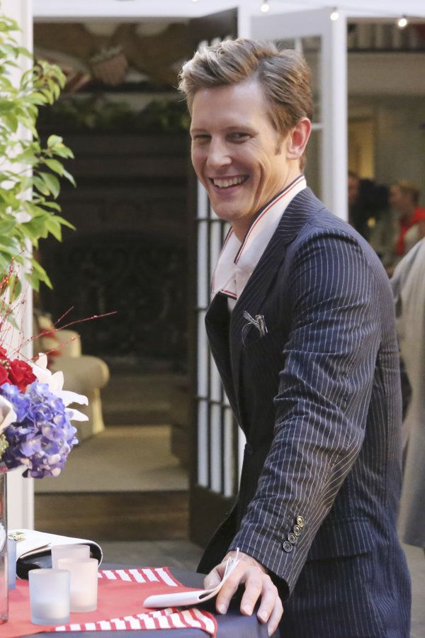 Revenge | Photos | Behind The Scenes: Resurgence - Nolan Ross (Gabriel Mann)
