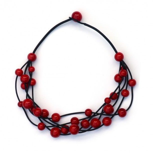 Glass necklace by Marianna Márton http://www.magma.hu/muveszek.php?id=95