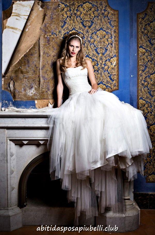 ed251f9e083c Collezione vintage di abiti da sposa 2018 di Jordi Dalmau  abiti   collezione  dalmau