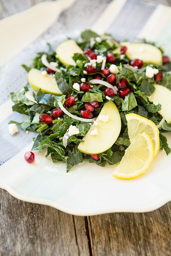 Apple Pomegranate Kale Salad with Lemon Vinaigrette #salad #recipe