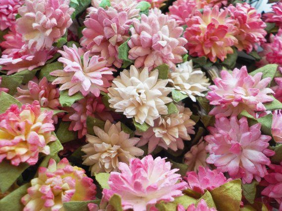 Lovely Pink And White Paper Flowers Made From Handmade Mulberry Paper Beautiful Paper Chrysanthemums Ideal Em White Paper Flowers Paper Flowers Flower Crafts