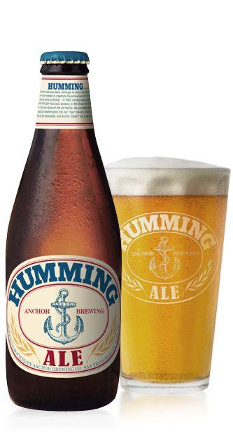 Cerveja Anchor Humming Ale, estilo American Pale Ale, produzida por Anchor Brewing Company, Estados Unidos. 5.9% ABV de álcool.