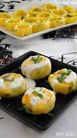 Patates Mantısı Malzemeler; 3 adet patates Bir kaç dal maydanoz ve dere otu Kırmızı pul biber, tuz 150 gr kıyma 1 yeme...