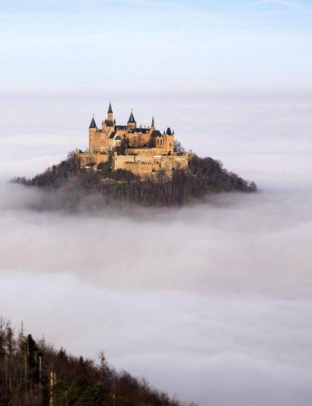 Ein Schloss über den Wolken. Oh ja!