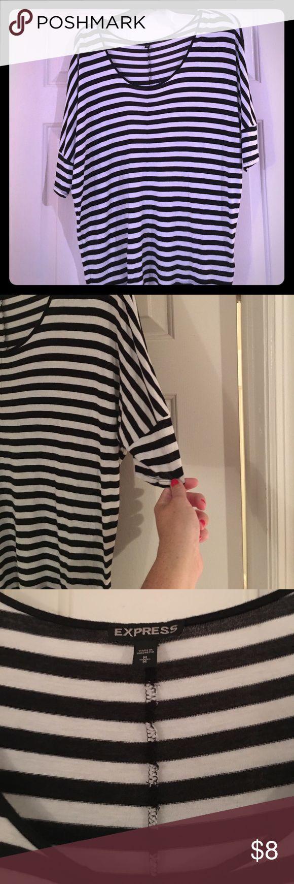 Express Batwing T Shirt Medium Good condition Express Tops Tees - Short Sleeve