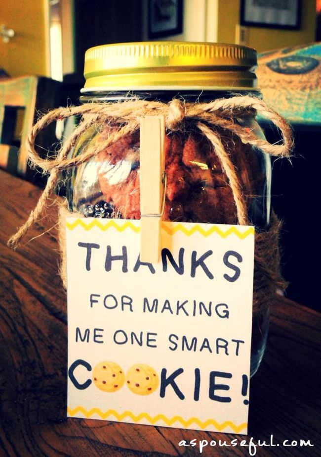 Love this idea to say thank you to your kid's teacher at the end of the year!