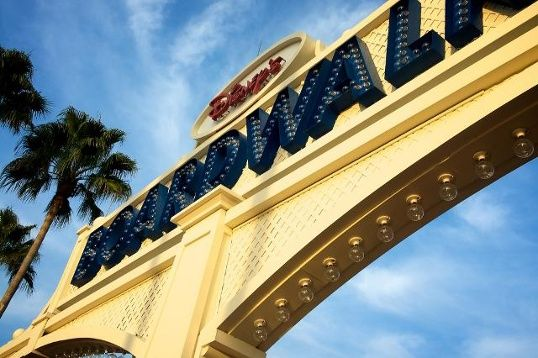 14. Disney's Boardwalk Stroll along Disney's Boardwalk, which is a re-creation of a 1930's-style Atlantic coastal village. Stretching a quarter-mile, you can enjoy the free street musicians, magicians and performers. Address: 2101 Epcot Resorts Blvd., Lake Buena Vista, FL 32830