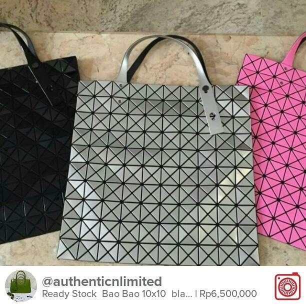 Selling Ready Stock  Bao Bao 10x10  black - silver - pink  Chat with me on Carousell to get it! Download the free app now by tapping the link on @carousell_id have fun! #carousell #carousellID #jualan #jualanku #olshopindo #jualankaka #jualansis #jualanbro #jualanbro #olshopindonesia #garagesaleindo #ootdindo #prelovedindo #olshopsby #olshopbdg #lookbookindonesia #localbrandindonesia #baobaotote #baobao10x10 #baobao1010
