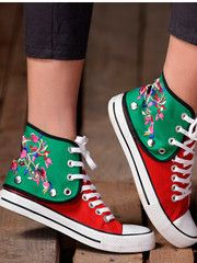 floral embroidery canvas shoes