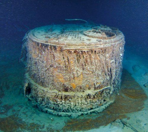 A single-ended boiler from Boiler Room #1 that would have rolled out of the Titanic when she split apart. This would have been used to heat and light the ship while she was in port.