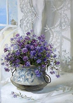 Vintage Vase with pretty purple~blue flowers! Just Lovely!