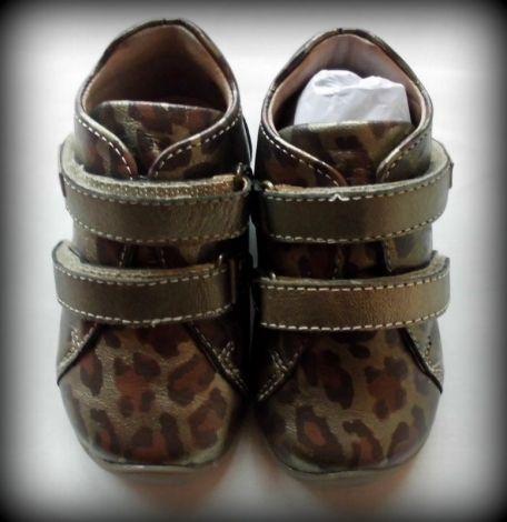 chaussures neuves motif léopard irisé / Imprimés animaliers / 21 FR / Cuir irisé / Toutes saisons