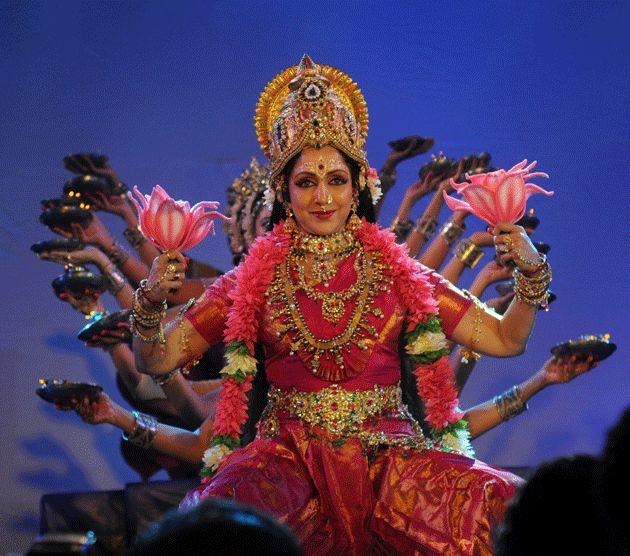 43 Best  Bollywood Retro Classics  Images On Pinterest -2161