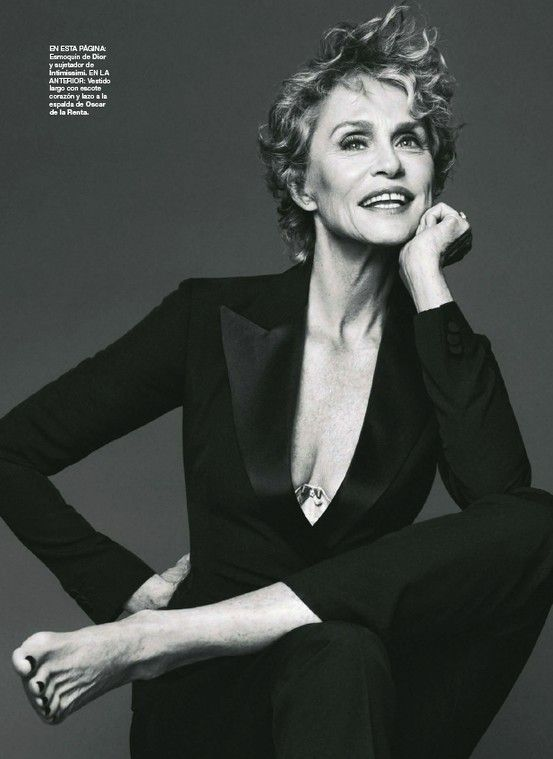 Lauren Hutton, 70--not sure when this pic was taken.  If you don't know who she is, look her up.  She has always been a beautiful woman and I love the gap between her front teeth!