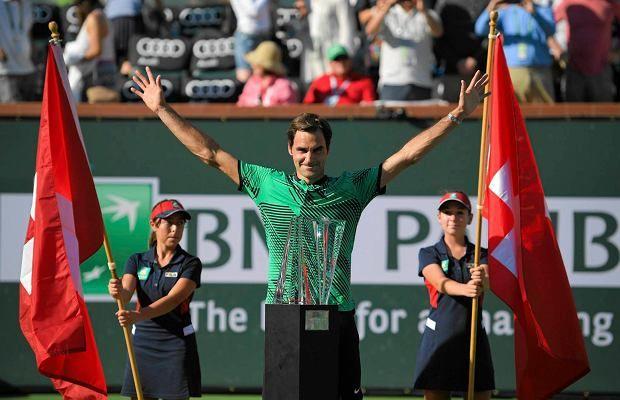 Roger Federer pokonał w dwóch setach swojego rodaka Stana Wawrinkę (6:4, 7:5) w finale Indian Wells.