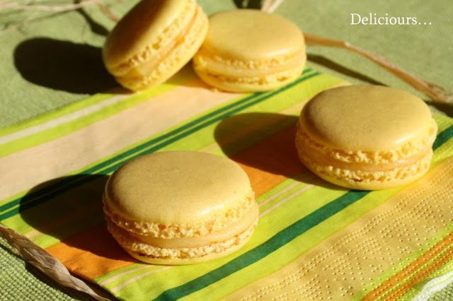 J'ai récemment réalisé des macarons dont j'ai très envie de vous publier la recette, mais je dispose dans mes archives d'un dossier photo d...