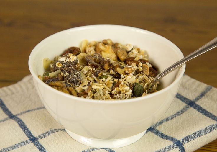 Homemade sugar-free muesli