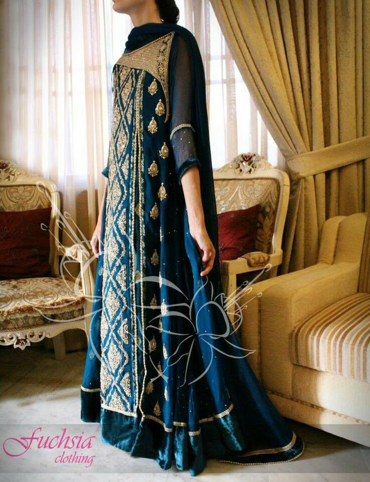 Fuchsia clothing heavy formal. #pakistani dresses Get here: www.facebook.com/fuchsia.clothing