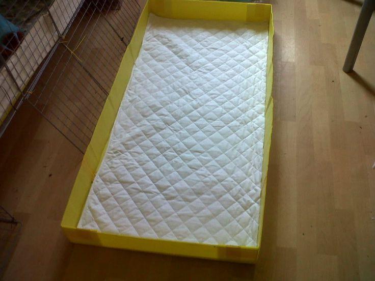 diy piggy cage liner - mattress pad w cotton cover, fleece, wraps around coroplast.