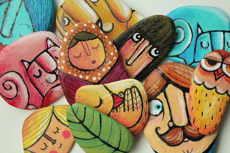 Painted Stones: Many rock art projects to present