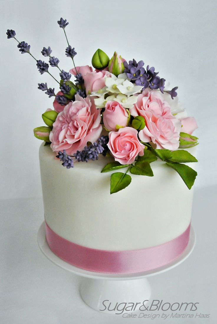 best sugar flower wedding cakes 25 best ideas about gum paste flowers on 11367