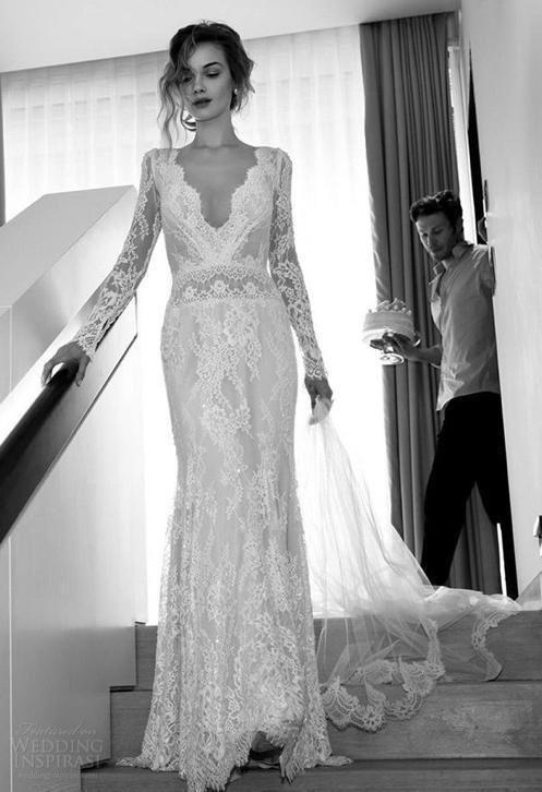 Sexy bohemain trouwjurk van kant met diepe V-hals & open rug