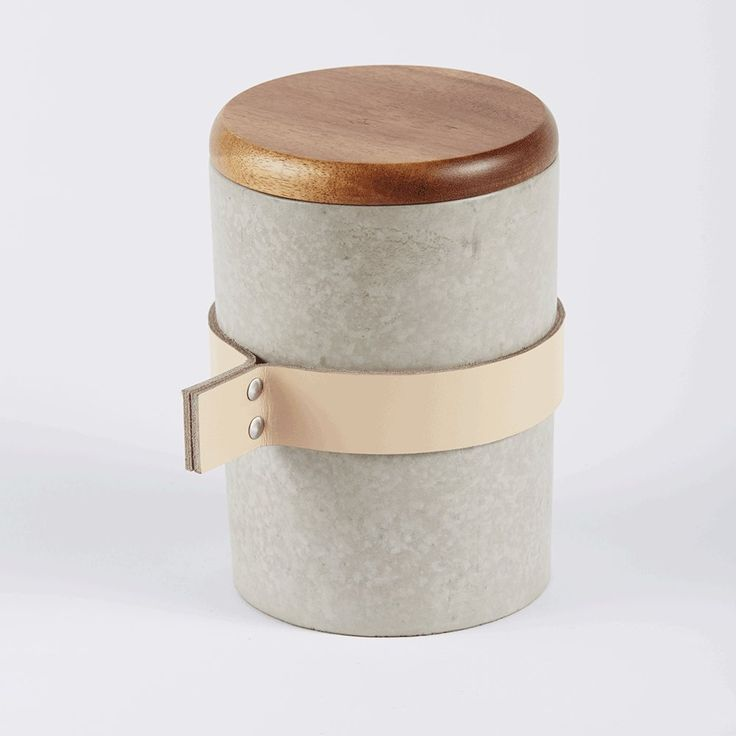 Captain Jack Lounge Stoel.Tall Round Concrete Jar With Wooden Lid And Leather Strap Urban