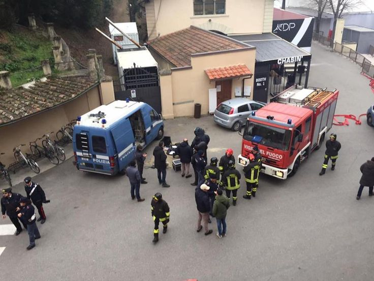 False bomb threat at Pitti Uomo fashion fair