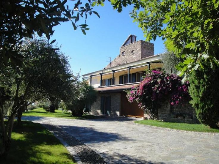Property for sale in Liguria, Imperia, , Italy - http://www.italianhousesforsale.com/view/property-italy/liguria/imperia/1133581.html