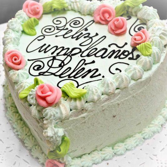 Feliz cumpleaños Belén. #valdivia #osorno #valdiviacl #surdechile #reposteríaalemana #launión #backstube #backenmitherz #konditorei #bäckerei #tortas