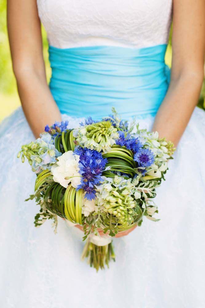 Menyasszonyi csokor kék. Blue wedding bouqet.