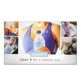 CLEAN 9 LITE ULTRA CIOCCOLATO Il primo passo per un corpo depurato è quello di evitare l'assunzione di conservanti e tossine dannose. Consumate soltanto questi prodotti per i primi due giorni e sarete sulla buona strada per essere più sani e più felici. Contenuto: 6 prodotti + accessori.