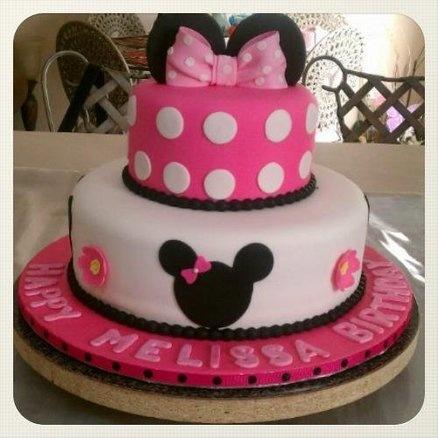 Minnie Cake - by CakesbyGleibis @ CakesDecor.com - cake decorating website