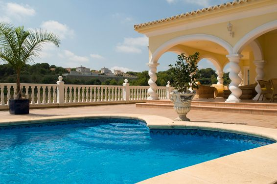 Villa Gran Sol, a spacious and bright villa !! Within walking distance of the center of Moraira. https://www.lacaza.co.uk/holiday-homes/gran-sol.html