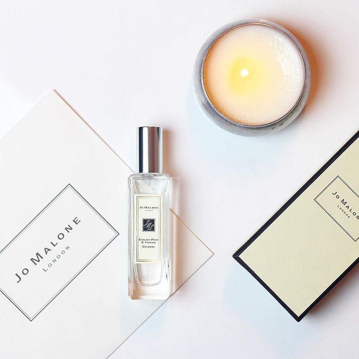 Saindo hoje de casa me sentindo mais especial... Usando a fragrância English Pear & Fresia uma das minhas favoritas da @jomalonelondon {} Quem me segue há tempos sabe do meu amor pela marca... O melhor investimento em perfume que existe... Para quem ama perfume e Jo Malone não deixe de conhecer essa fragrância... #incrivel #umcasodeamor #jomalone #jomalonebrasil #beautyproducts #beautyblogger #perfum #girisbioggers