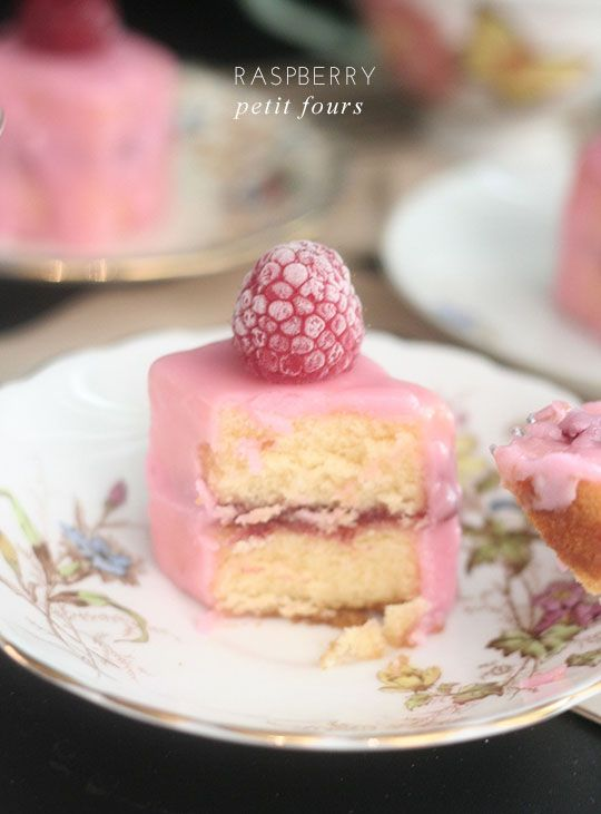 reminds me of the petit fours dad used to buy us when he went to Wisconsin for business :) Raspberry Petit Fours l Frock Files