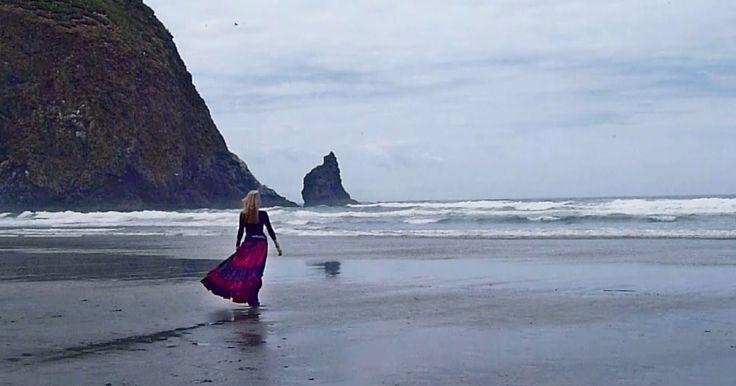 """Evanthia Reboutsika """"Raindrops On The Sea"""""""