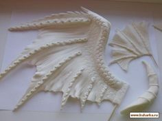 Good Dragon cake tutorial. ..in Russian. .but you get the gist