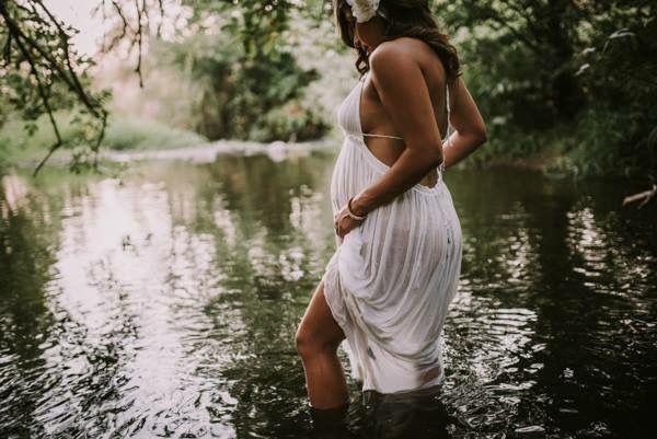 Maternity photo Maternity in water Maternity photo