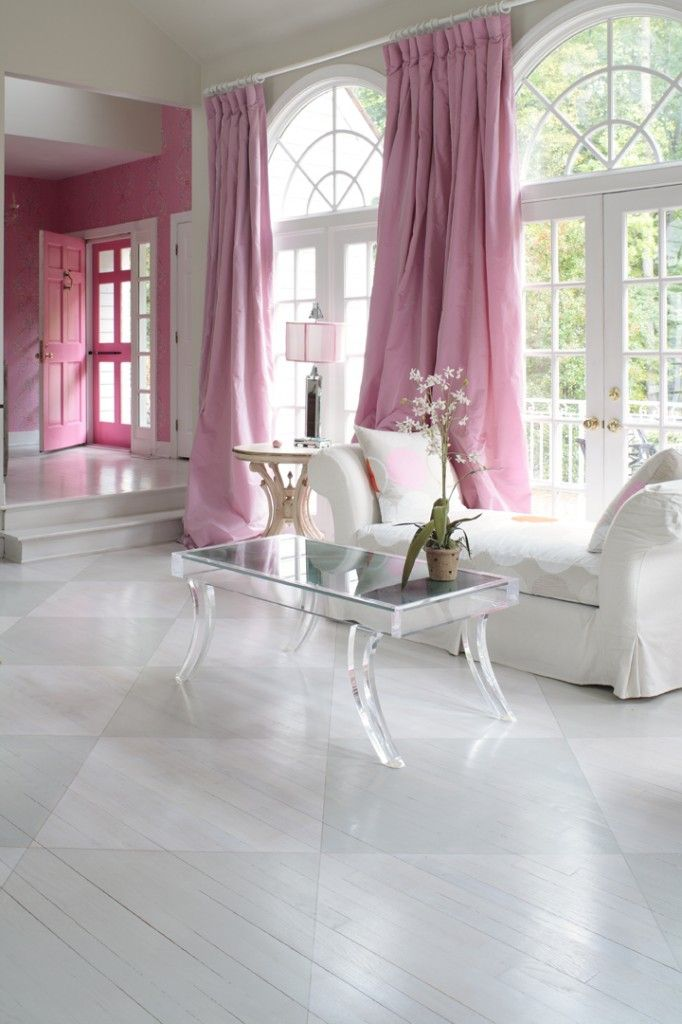 This is lovely. Mostly white with a splash of pink. Showing that pink is not just for little girls!