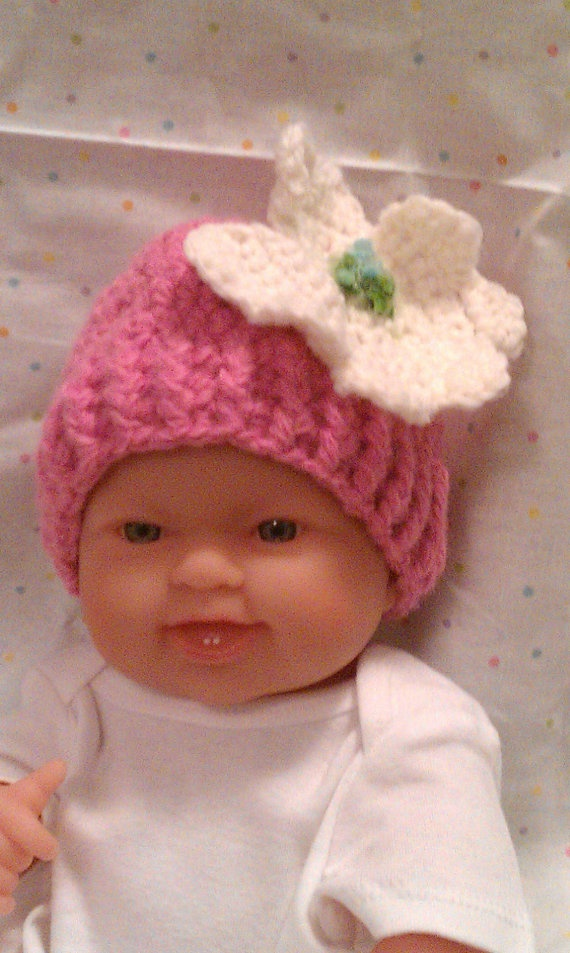 Crochet Newborn Hat with Dogwood Flower by ConnMor Creations on Etsy, $17.00