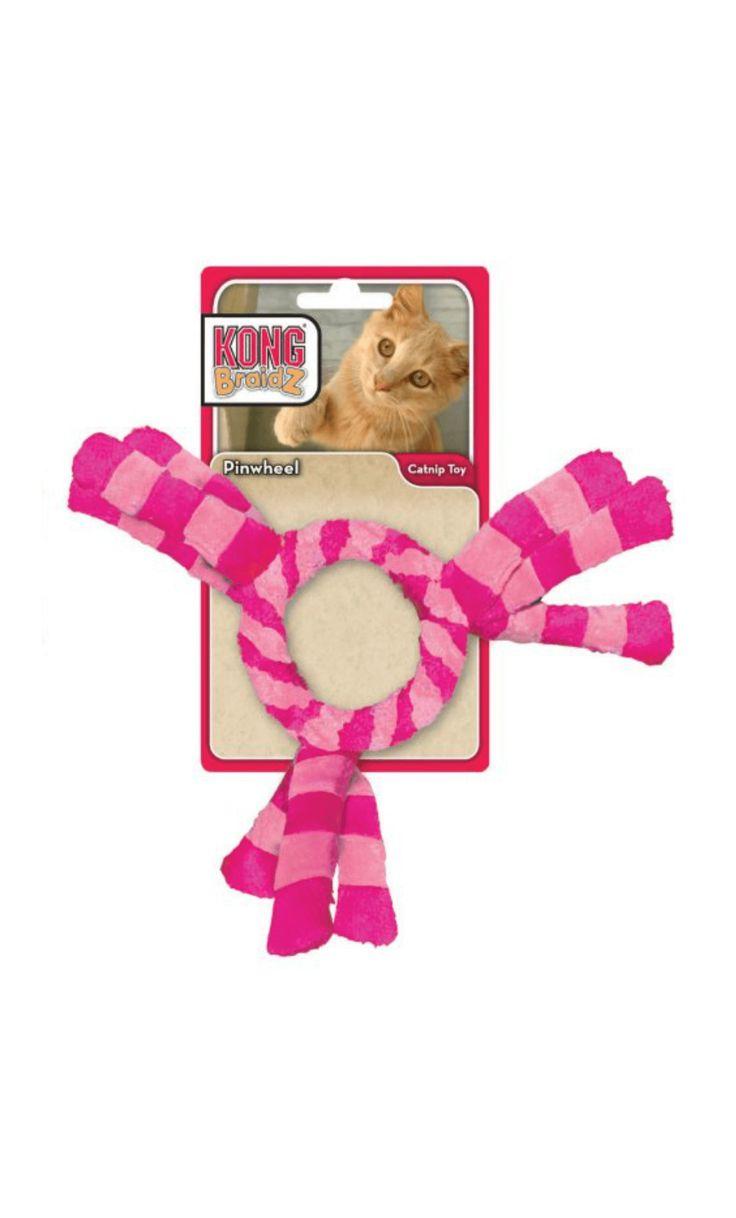 Juguete de peluche Kong para gato en forma de rueda con trenzas, su relleno de hierba gatera KONG Premium Catnip atraerá a todo felino y sus cascabeles harán que no quiera parar de jugar.