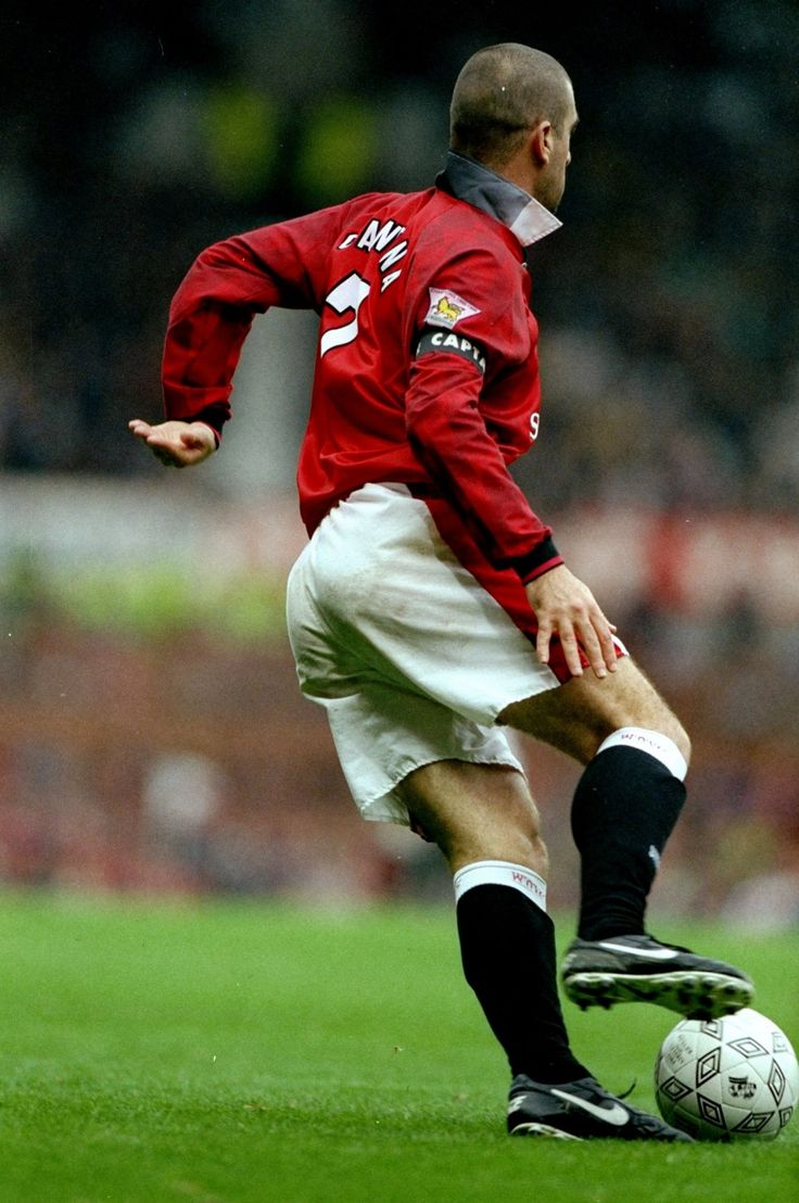 To say eric cantona was a manchester united great is an. Eric the King | Manchester united football club ...