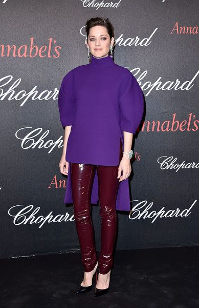 Marion Cotillard Turtleneck - Marion Cotillard was all about space-age chic at the Chopard Gent's Party in a purple Delpozo turtleneck with a high-low hem and rounded sleeves.